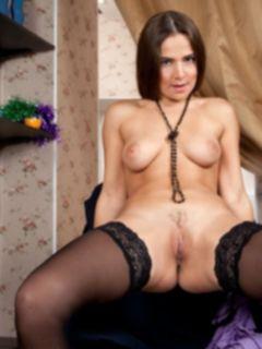 Русское домашнее порно молодой жены Юльки