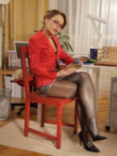 Нейлоновый фетиш зрелой женщины